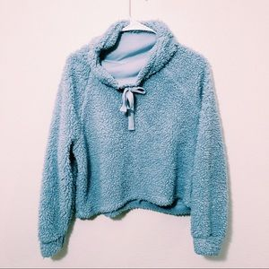 3 FOR 20🌟Blue Sherpa cowl neck sweater size m